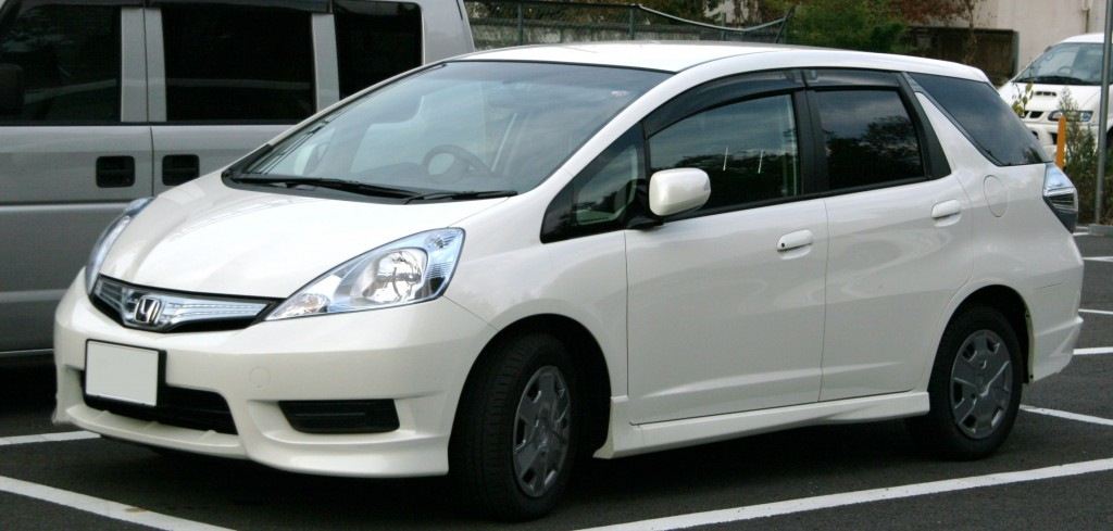 Honda_Fit_Shuttle_Hybrid