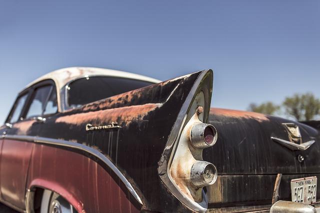 classic-car-362176_640