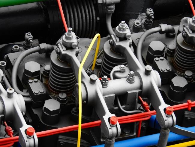 diesel-engine-1308216_1920